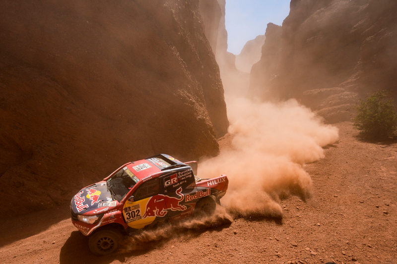Giniel De Villiers (ZAF) of Toyota Gazoo Racing SA races during stage 03 of Rally Dakar 2017 from Tucuman to Jujuy, Argentina on January 4, 2017 // Marcelo Maragni/Red Bull Content Pool // P-20170104-00543 // Usage for editorial use only // Please go to www.redbullcontentpool.com for further information. //