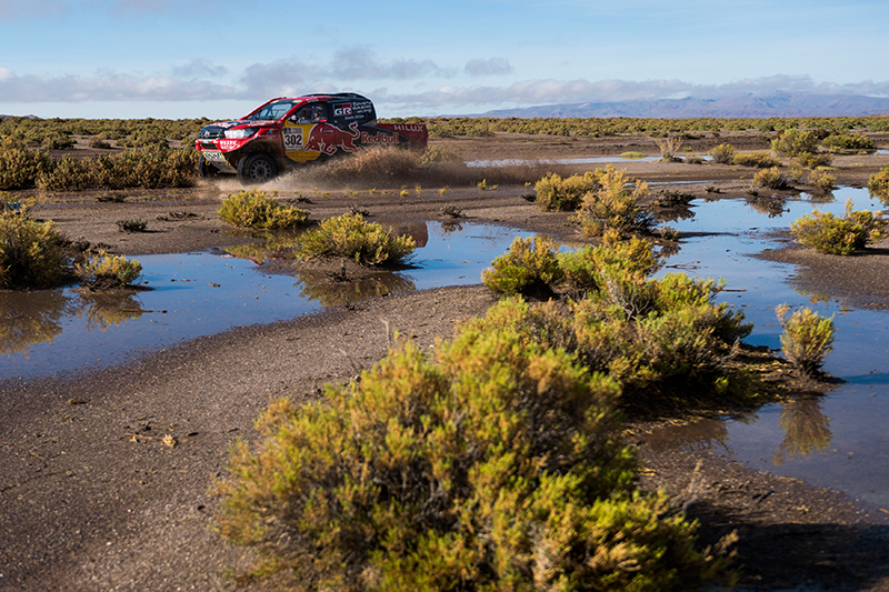 Giniel De Villiers (ZAF) of Toyota Gazoo Racing SA races during stage 08 of Rally Dakar 2017 from Uyuny, Bolivia to Salta, Argentina on January 10, 2017 // Marcelo Maragni/Red Bull Content Pool // P-20170110-00587 // Usage for editorial use only // Please go to www.redbullcontentpool.com for further information. //